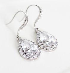 Teardrop Wedding Earrings, Crystal Clear Bridal Earrings, Crystal Drop Bridesmaid Earrings, Mother of the Bride