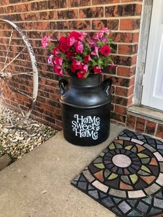 Antique Milk Can, Vintage Milk Can, Painted Milk Cans, Milk Can Decor, Old Milk Cans, White Porch, Diy Hanging Shelves, Porch Decorating, Decorating Ideas