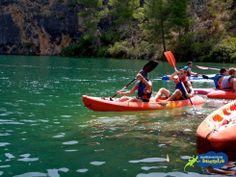 Kayak y SUP (Stand-up Paddle) en el espectacular cañón del río Guadiela. Un lugar precioso muy cerca de Buendía (Cuenca)