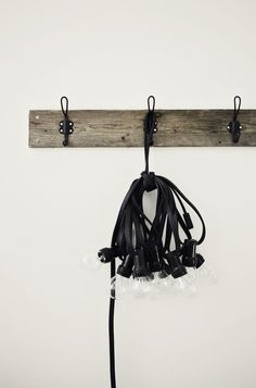 I have this same bundle from Granit. Here's a way to hang them!