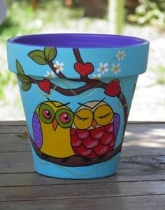 Flower Pot Crafts and How They are Done : Ideas For Painting Flower Pots. Ideas for painting flower pots. flower pot craft kits,flower pot crafts for teachers Flower Pot Art, Flower Pot Design, Flower Pot Crafts, Clay Pot Crafts, Cactus Flower, Painted Plant Pots, Painted Flower Pots, Painted Pumpkins, Painting For Kids