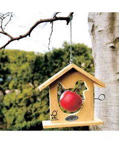 """Appelhuisje (incl. appel); Dit huisje is niet alleen een heel """"groen"""" cadeau, het biedt naast een helpende hand ook veel kijkplezier. Het kan ook staan voor het warme nest dat u als bedrijf bent!"""