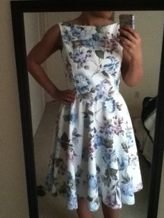 DIY dress. Don't like the pattern but I love the style