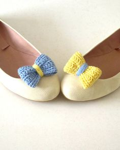 Opposites attract. Crochet bow shoe clips.Sky blue and