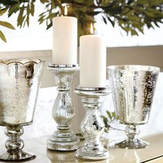 29 Lovely Spring Living Room Decoration with Flowers and Vases - Page 25 of 30 Mercury Glass Candle Holders, Pillar Candle Holders, Pillar Candles, Coffee Table Decor Living Room, Decorating Coffee Tables, Living Room Decor, Flower Room Decor, Crystal Sconce, Holiday Candles