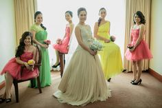 my pretty entourage Our Wedding, Dream Wedding, Entourage, Bridesmaid Dresses, Wedding Dresses, First Love, How To Memorize Things, Tulle, Guys