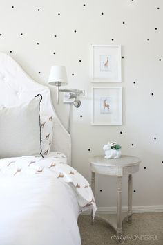 Crazy Wonderful: Izzy's bedroom- love this black and white girl's room