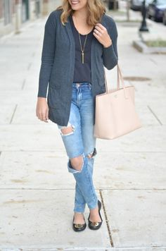 good vibes skinny jeans with long cardigan and tory burch tote via fizzandfrosting.com