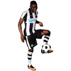 Former Newcastle United defender Massadio Haïdara has completed his move to French side RC Lens. Rc Lens, One Team, Newcastle, The Unit, Football, Sports, Soccer, Hs Sports, Futbol