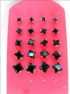 Μαύρα σκουλαρίκια ανδρικά ασημένια και αντιαλλεργικά στο http://amalfiaccessories.gr/asimenia-kosmimata/