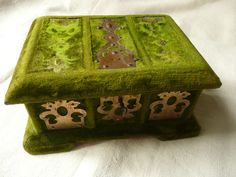 ANTIQUE FRENCH SHABBY CHIC VELVET SEWING BOX WITH IMPLEMENTS.