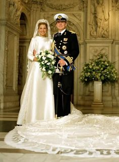 The anniversary of the wedding day of Prince Willem-Alexander Netherlands & wife Princess Máxima Zorreguieta Cerruti Argentina is 2 Feb 2013 . Royal Wedding Gowns, Royal Weddings, Wedding Dresses, Princess Wedding, Nassau, Civil Ceremony, Wedding Ceremony, Kate Middleton Wedding Dress, Prince Héritier