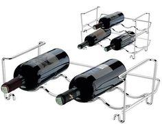 Deixe sua cozinha com mais estilo, bonita e organizada. ADEGA COMPONÍVEL PARA 4 GARRAFAS - DECORAZIONE Esta adega possui capacidade para 4 garrafas e tem como diferencial ser componível, desta forma é possível empilhar formando andares e aumentando a capacidade de armazenamento da adega. Versátil, pode ser usada em armários e bancadas. Rápida instalação. Aço cromado. Preço por módulo - 01 unidade Dimensões - 22x37x13.5 cm Garantia de 5 anos contra ferrugem, pelo fabricante. * Imagens…