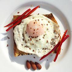 #myhomemadebreakfast#healthyfood#proteinegg#eatcleantrainhard🍽