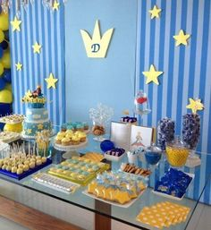 Le petit prince birthday party, little prince party Prince Birthday Party, King Birthday, 1st Boy Birthday, Boy Birthday Parties, Baby Party, Baby Shower Parties, Little Prince Party, Royal Baby Showers, First Birthdays