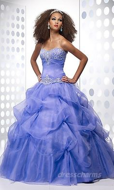 2013 or not I love this dress!!!!!! I definitely  want it