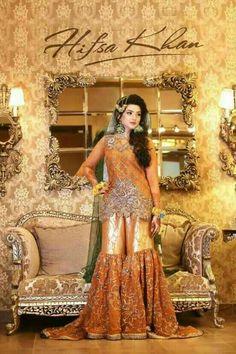 Wedding bridal gharara set dabka nagh pearls and gota work Model 165 Pakistani Mehndi Dress, Pakistani Wedding Outfits, Indian Bridal Wear, Pakistani Wedding Dresses, Bridal Outfits, Pakistani Garara, Bridal Mehndi, Mehendi Outfits, Bridal Dresses Online