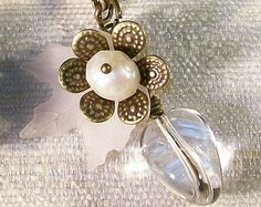 Daisy Flower Bloom Necklace White Freshwater Pearls