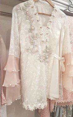 Floral V-Neck Embroidery Mid-Length Long Sleeve Blouse - Pakistani dresses