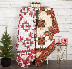 Shop Craftsy's premiere assortment of quilting supplies and save! Get the Robert Kaufman Holiday Flourish Woodrose Quilt before it sells out. - via @Craftsy