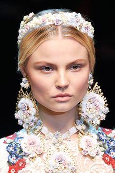 Joyas del otono  Look FW12/13 de Dolce & Gabbana