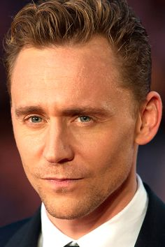 Tom Hiddleston at BFI London Film Festival 'High Rise' Premiere - 9th October. Full size image: http://tomhiddleston.us/gallery/displayimage.php?pid=22153&fullsize=1 Source: http://tomhiddleston.us/gallery/displayimage.php?album=lastup&cat=-596&pid=22153#top_display_media