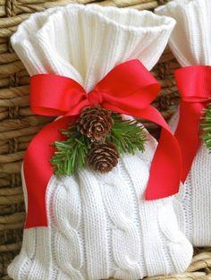 gestrickte bastelideen weihnachten tüte rote schleife