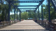 Black Bridge~Centennial Park footbridge