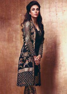 Pak Couture: Farah & Fatima