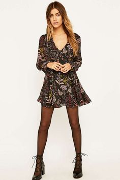 Kimchi Blue Poppy Black Floral Dress - Urban Outfitters