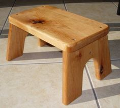 Knotty Alder Step Stool Natural Stained Wood Kid's by LaffyDaffy Woodworking Projects For Kids, Diy Wood Projects, Barn Wood Crafts, Wood End Tables, Wood Stool, Wood Working For Beginners, Knotty Alder, Wood Pallets, Diy Furniture