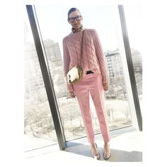 Happy Valentine's Day from a very pink and pretty @jennalyonsnyc  great @jcrew presentation ! by garancedore