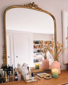 Jess Ann Kirby's bedroom vanity includes her favorite clean beauty products, jew.- Jess Ann Kirby's bedroom vanity includes her favorite clean beauty products, jewelry trays and non-toxic candles from Follain. Room Decor Bedroom, Diy Room Decor, Bed Room, Bedroom Candles, Bedroom Inspo, Bedroom Red, Bedroom Inspiration, Decor Crafts, Bedroom Ideas