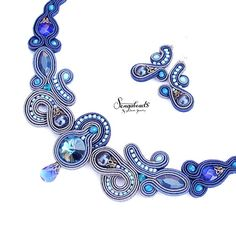 Soutache together. Collie - Deco How to Crafts Boho Jewelry, Jewelry Design, Fashion Jewelry, Unique Jewelry, Soutache Necklace, Blue Necklace, Bleu Royal, Royal Blue, Crystal Beads