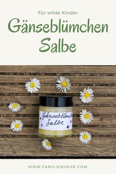 There is a remedy on your … – Natürliche gesundh… - Auto und Mädchen New Skin, Natural Cosmetics, Beauty Trends, Better Life, Diy Beauty, Fun Nails, The Balm, Lotion, Diy And Crafts