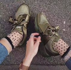 c6f2ff0fb98d whatsapp +86 13950798011 Fenty Puma By Rihanna Fenty Collection Bow Women s  Sneaker Flat Running