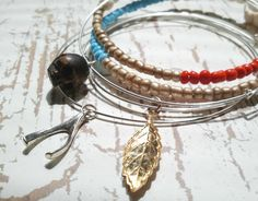 The DIY, fashion and lifestyle blog of a jewelry designing, Etsy obsessed, constantly inspired bunny..