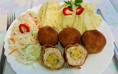 Rozi erdélyi,székely konyhája: Csirkemell golyók- sajtos töltelékkel Baked Potato, Potatoes, Baking, Ethnic Recipes, Bors, Vaj, Red Peppers, Potato, Bakken