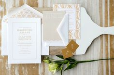 Love the pattern continued throughout the invitation in the background, and the envelope liner.