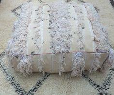Coussin de sol ou poufs Handira style marocain