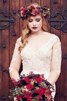 Bengali Bridal Makeup, Best Bridal Makeup, Wedding Makeup, Autumn Bride, Autumn Wedding, Elegant Modern Wedding, Bridal Looks, Flower Girl Dresses, Wedding Dresses
