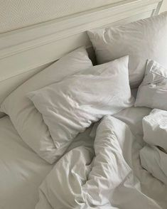 Home Decor On A Budget and french home decor Unmade Bed, Photo Deco, Cozy Bed, White Aesthetic, Interior Exterior, Bedroom Inspo, Bedroom Ideas, Bedroom Decor, My Room
