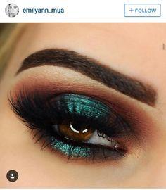 Teal halo eye