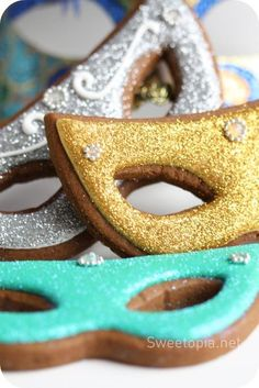 Mardi Gras Mask Cookies from Sweetopia