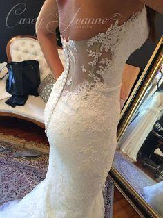 Custom Casey Jeanne wedding gown <3 www.caseyjeanne.com https://www.facebook.com/CaseyJeanneAtelier https://www.facebook.com/JeannellelaAmour