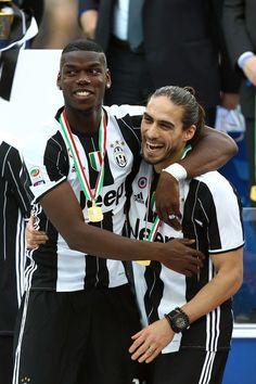 Juventus, grande festa per lo scudetto - Corriere dello Sport #Caceres