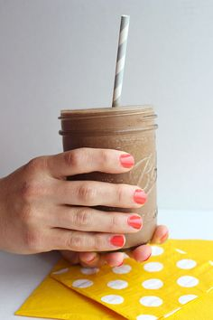 Chocolate Shake - Simple Green Moms frozen banana, cocoa, vanilla, peanut butter, almond milk, ice
