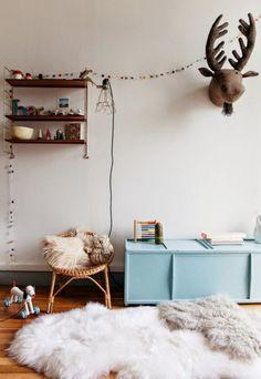 Kids Room - blue bench