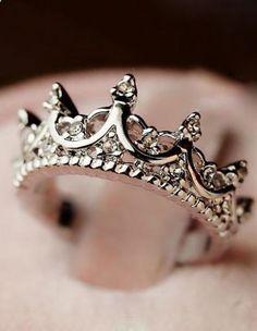New Fashion Princess Women Rose Gold Silver Rhinestone Crown Ring Size 5 6 7 8 9 Cute Rings, Pretty Rings, Beautiful Rings, Cute Jewelry, Jewelry Rings, Jewelry Accessories, Jewelry Watches, Gold Jewelry, Prom Jewelry