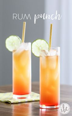One sip of this Rum Punch and you'll be transport to tropical paradise! One sip of this Rum Punch and you'll be transport to tropical paradise! Rum Cocktails, Non Alcoholic Drinks, Cocktail Drinks, Rum Cocktail Recipes, Drinks Alcohol, Easy Rum Punch Recipe, Rum Punch Recipes, Margarita Recipes, Party Drinks